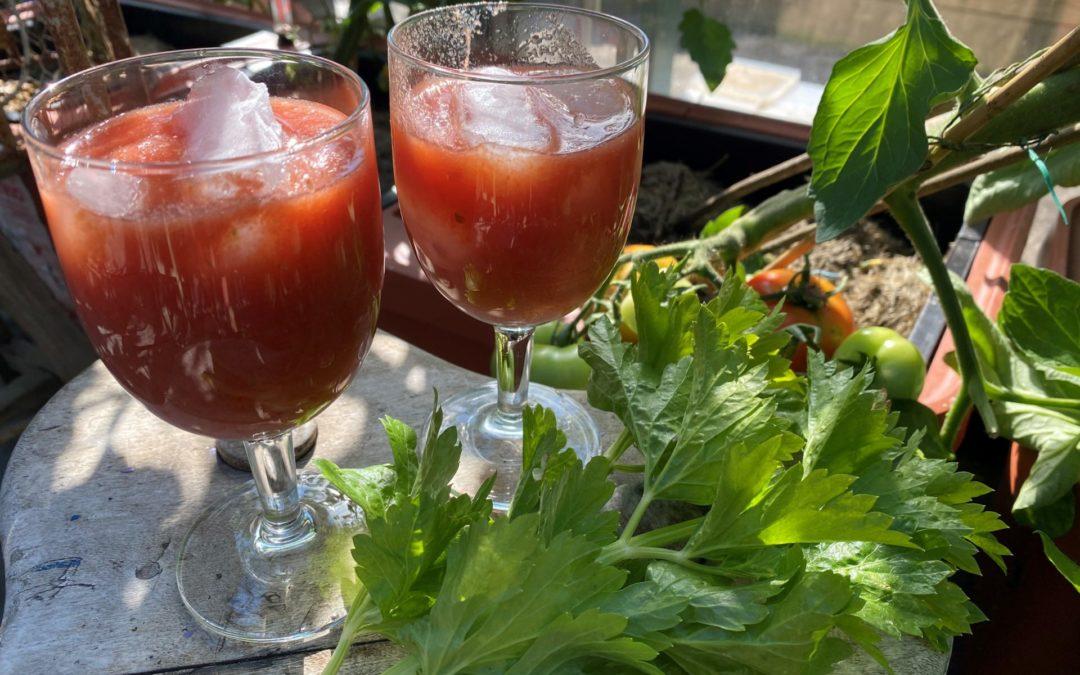 Småspicy tomatjuice